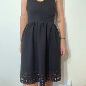 Dresses & Skirts - Black dress with fun cut out